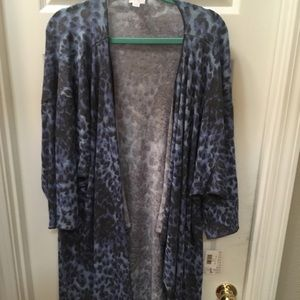 Lularoe Shirley blue&black animal print